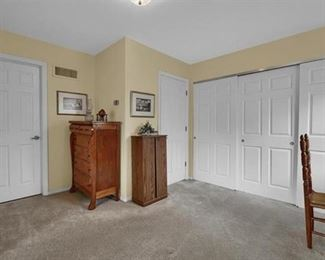 3RD BEDROOM CHEST