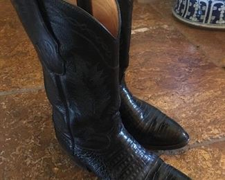 Men's alligator boots size 10