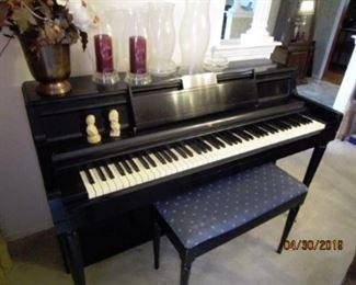 Wurlitzer 'Saloon' piano.  Keys are very nice.  Needs to be tuned.