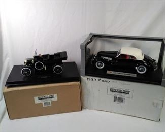 lot of 2 Fairfield mint replica cars. Ford Model T and 1937 Cord https://ctbids.com/#!/description/share/152082