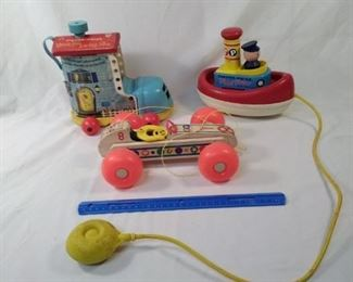 lot of 3 antique vintage Fisher Price toys    https://ctbids.com/#!/description/share/152115