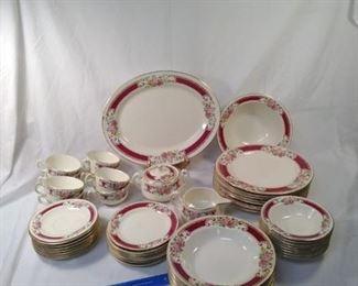 set of 8 piece Homer Laughlin dinnerware     https://ctbids.com/#!/description/share/152118