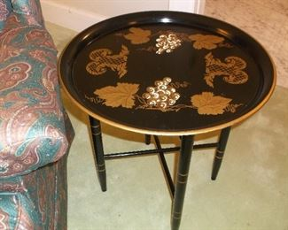 Round Tole tray on stand