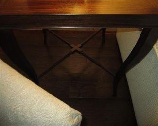 VERY NICE SIDE TABLE