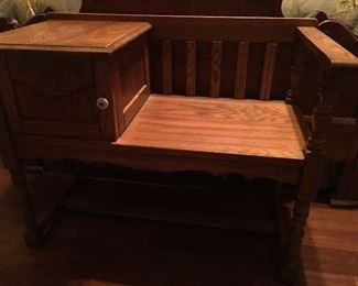 Sweet Oak Bench - Great at end of a bed or in mud room!