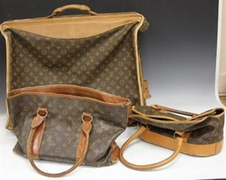LOT #5018 - LOT OF (3) VINTAGE LOUIS VUITTON LUGGAGE BAGS
