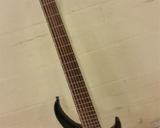 NEW Peavey 6 String Bass