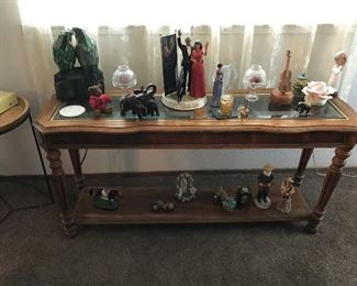 Entryway or sofa table-Collectible Figurines-Light up Parrot Lamp-The Pope-Elephants