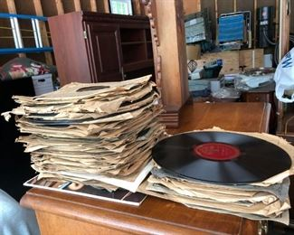 Variety of Records! Mainly 78's