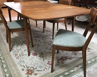 Drexel Mid Century Modern Dining Table and 4 chairs