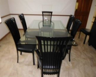 Decor  table  and  chairs(  8  chairs)  with  buffet  (as  shown)