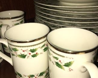 Royal Limited HOLLY HOLIDAY - large collection in great condition