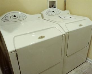 Maytag Neptune front load washer/dryer set