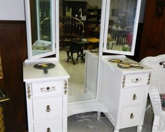 Beautiful trifold mirror dresser