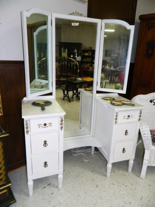 Beautiful trifold mirror dresser