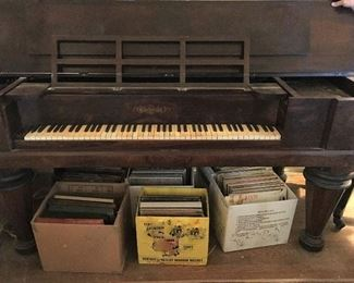 Square Grand piano. Needs work but looks really nice with décor on top and when cover is down. Would be a gorgeous piano with some TLC.