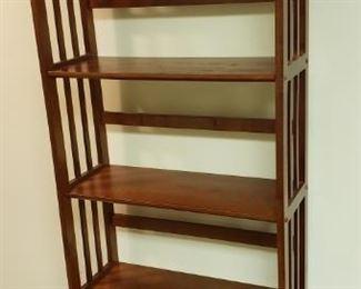 Very Pretty Wooden Shelf