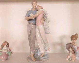 """You're Everything To Me"" Couple in Love Signed Porcelain Figurine By Lladro  #6842"