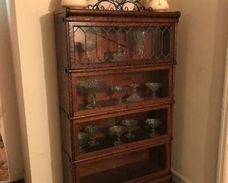 Antique Oak Barrister Bookcase.   Great Condition!