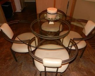 Glass dinette  table w/4 chairs