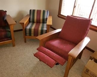 Bassett  Mission style chair $125,  Excellent condition. Recliner SOLD