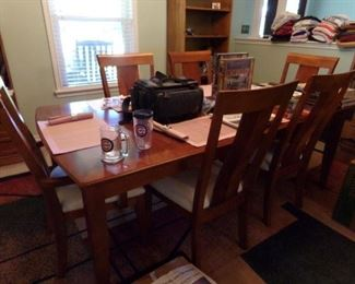 Very Nice Dining room Set with six Chairs and the Table that all match!!