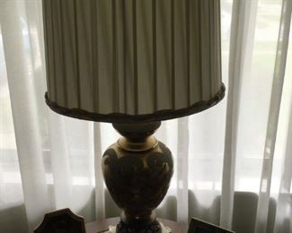 One of a couple ceramic lamps in the sale . . . everything in this sale is well cared for.