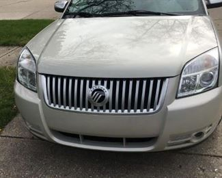 A second shot of the 2008 Mercury Sable with only 77,000 miles on it.