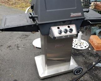 DuCane grill