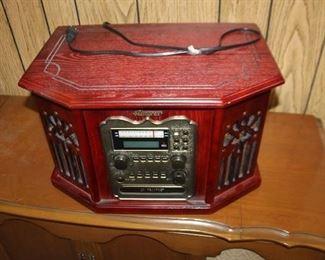 Memorex Record/CD Player