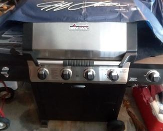 Like new gas grill