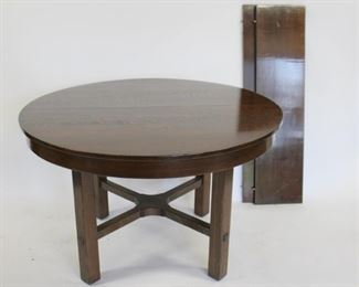LJ STICKLEY Mission Oak Table With Leaves