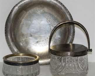 RUSSIAN SILVER Grouping of Russian Silver Hollow
