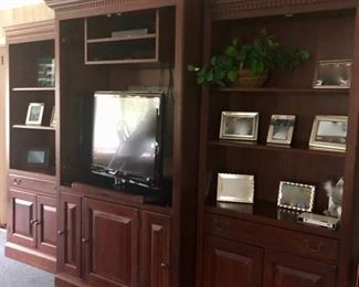 Traditional wall unit, 3 piece