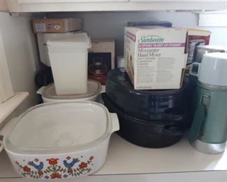 Bakeware, thermoses, roaster
