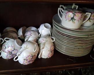 Noritake hand-painted dish set, Apple Rose