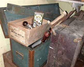 This house is packed full of Primitives, primitive cookware, repurposing furniture just a fun sale