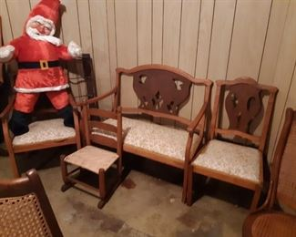 Two-tone settee and chairs