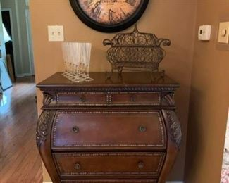 0 nice bombe chest and new wall clock