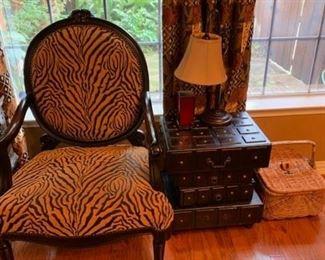 animal print side chair