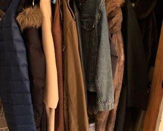 Mens & Women's Jackets & Clothing