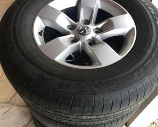 17 tires with aluminum rims