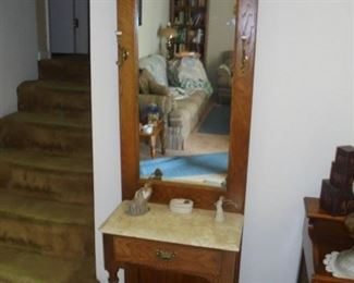 Mirrored hall tree/coat rack w/marble top
