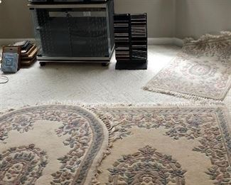 Antique rugs,cds, stereo
