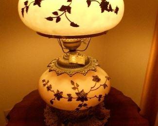 Vintage raised motif lamp with original tag