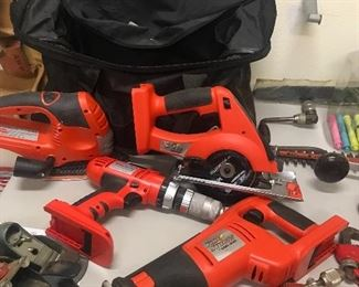 Black & Decker 4 pc Saw/sander/drill/circular saw with 2 batteries