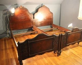 Pair vintage mahogany twin beds