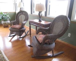 WICKER ROCKER AND TABLE AND LAMP