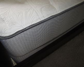 QUEEN SIZE NEWER MATTRESS AND BOXSPRING