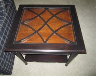 END TABLE AND COCKTAIL TABLE